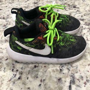 10C Nike boys sneakers